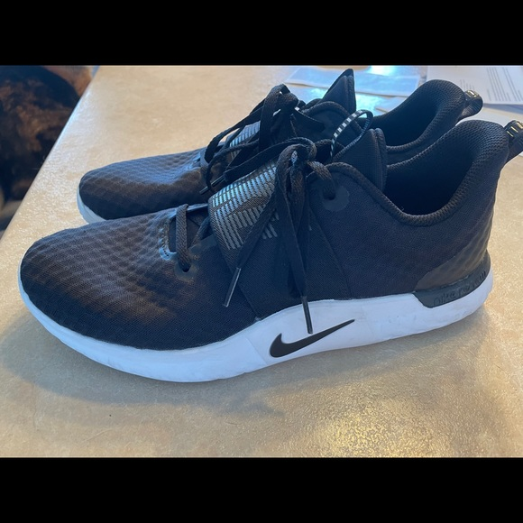 Nike renew sneakers - Sz 10